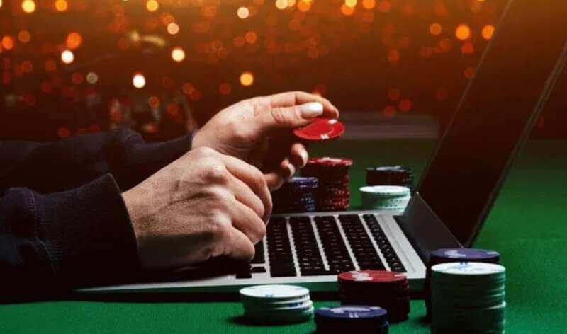 Enjoy Real Money Poker Gaming - Play Poker Online Happyluke Today
